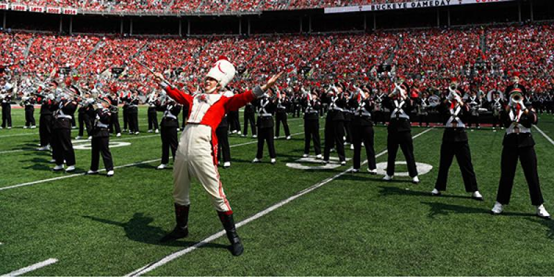 Konner Barr performs as Ohio State's drum major in 2019